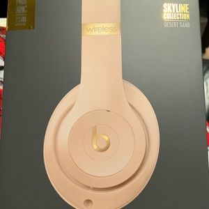 Other - Beats Studio 3 Wireless Headphones
